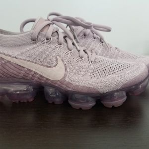 Nike Womans Air VaporMax Flyknit